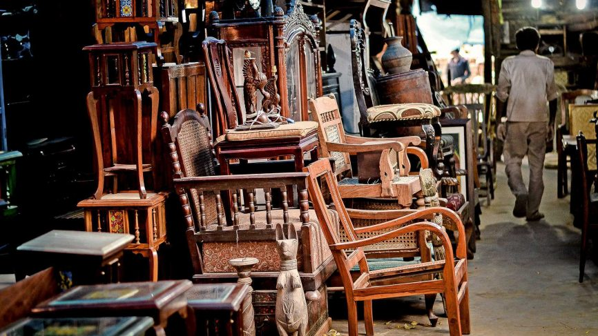 4 Places from Where You Can Purchase Industrial Furniture in India
