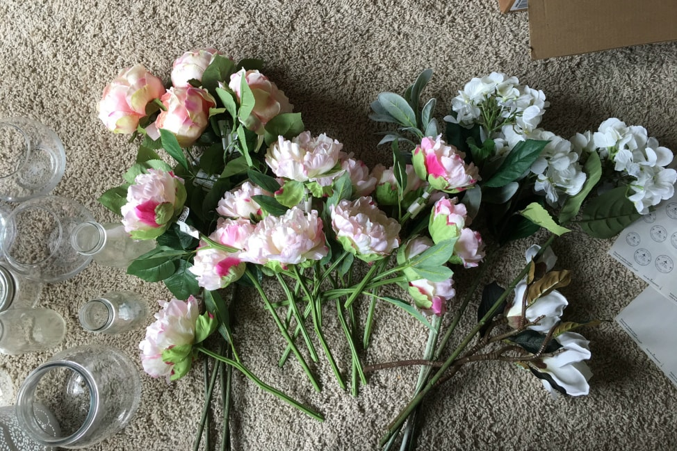 Tips to prepare artificial flower arrangements