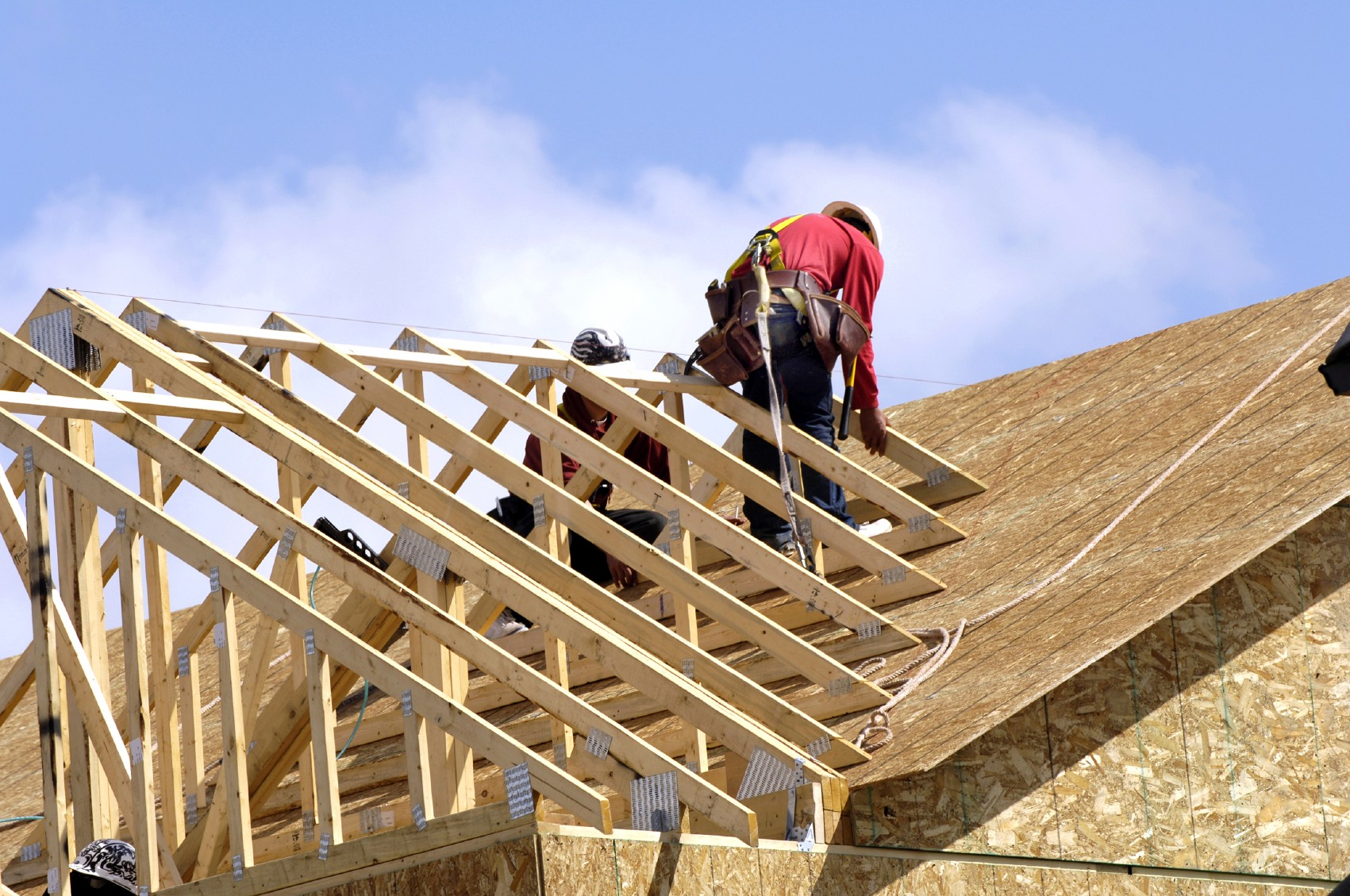 Looking For Commercial Roofing Service? Learn What To Expect 1