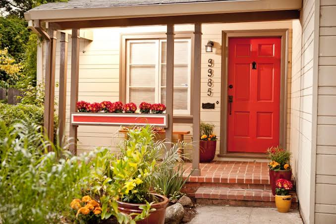 Curb Appeal Ideas That are Pocket Friendly