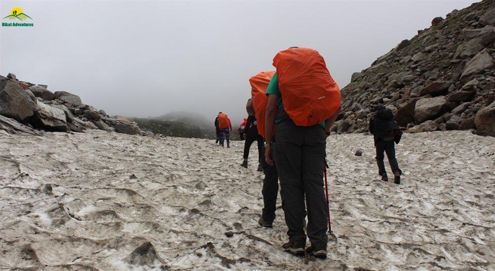 What is the complete guidance of Hampta pass trek?