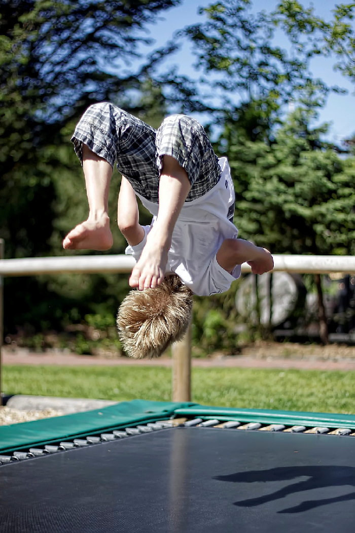 Safety Tips to Consider When Using a Trampoline 1